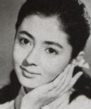 Нидзико Киёкава