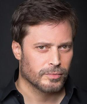 Луис Фернандес