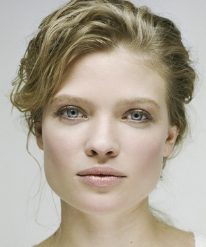 Мелани Тьерри