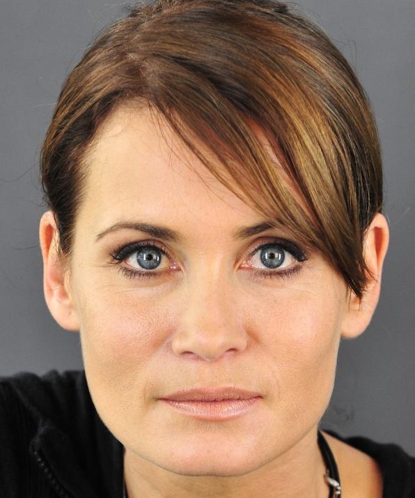 Аня Клинг