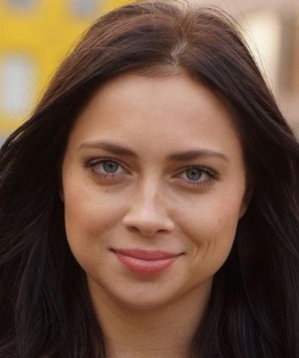 Настасья Самбурская