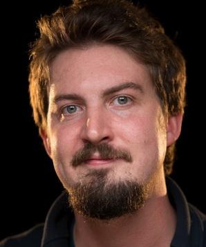 Адам Вингард