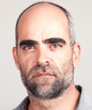 Луис Тосар