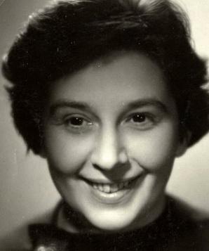 Стелла Зазворкова