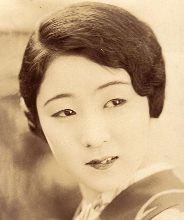 Кинуё Танака