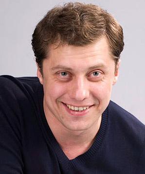 Константин Исаев