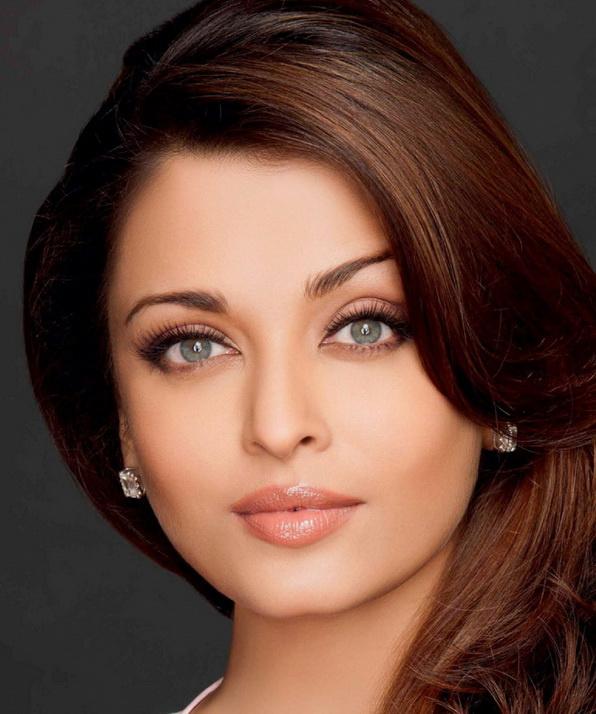 подготовили для индийские актеры и актрисы фото с именами есть его