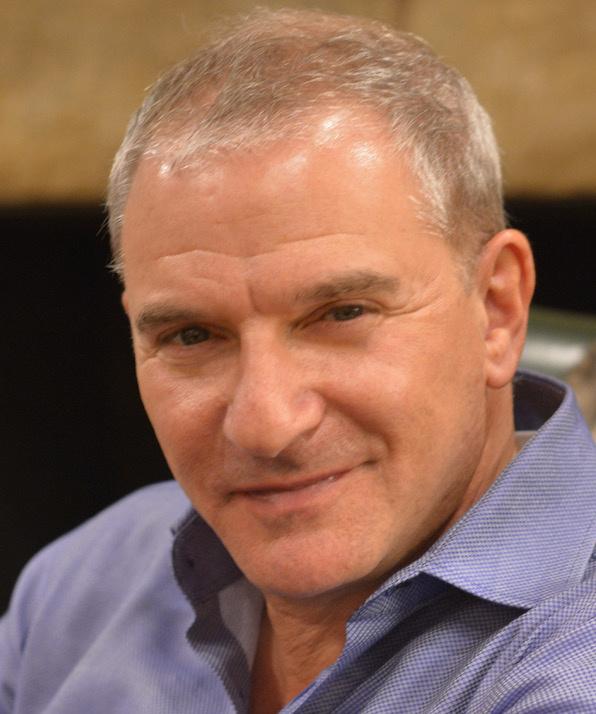 Джо Лазаров