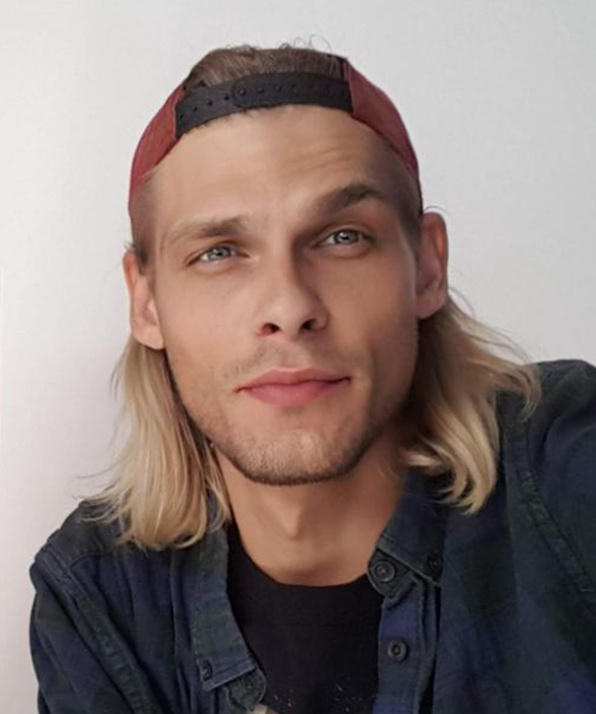 Илья Новик