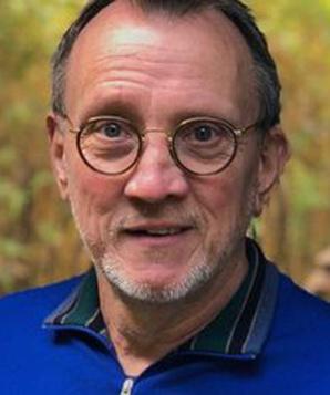Стив Бэррон