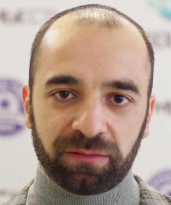 Гарик Петросян