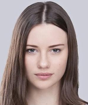 Лили Салливан