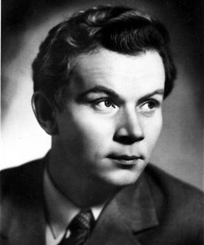 Евгений Шутов