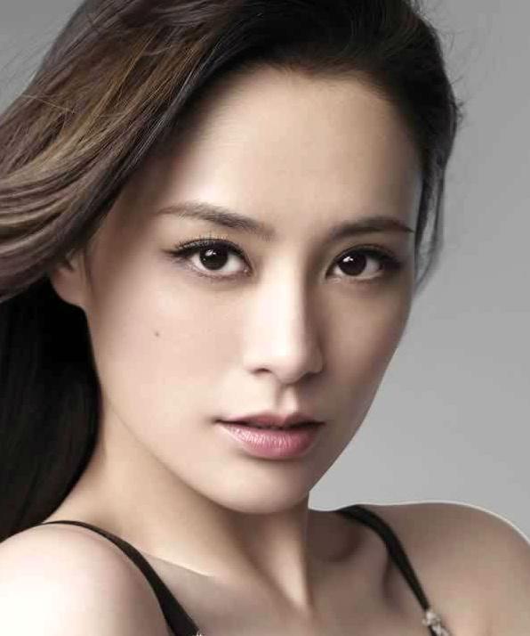 Джиллиан Чун