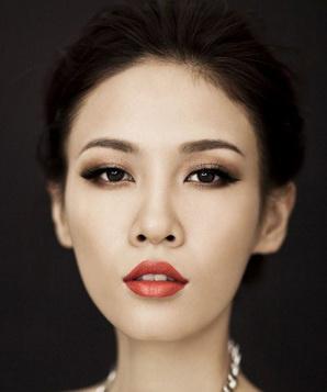 Чжан Ланьсинь